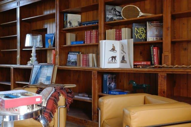 Château de Vaugrigneuse, salon de réception : bibliothèque
