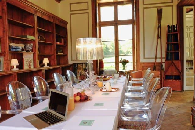 Château de Vaugrigneuse, salle de séminaire : bibliothèque