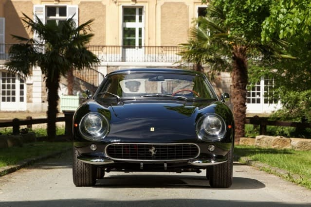 Ferrari au Château de Vaugrigneuse